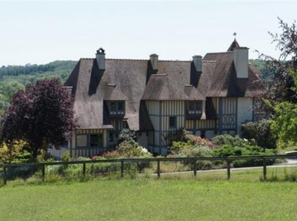 Haras à vendre à 22 kms  de Deauville