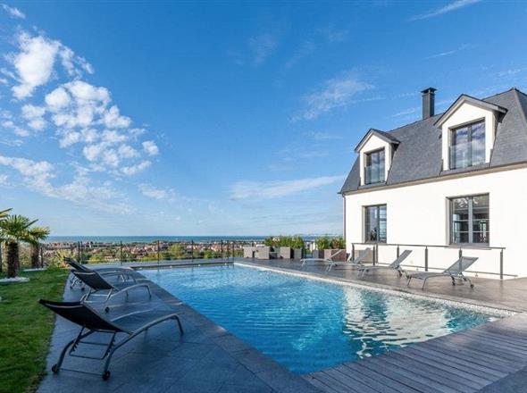 Maison contemporaine à vendre à Deauville