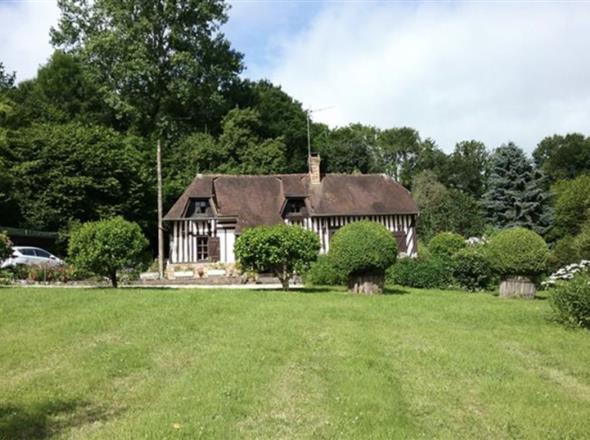 Proche Beaumont, jolie maison avec jardin clos et arboré