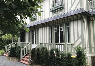Villa à louer à Deauville